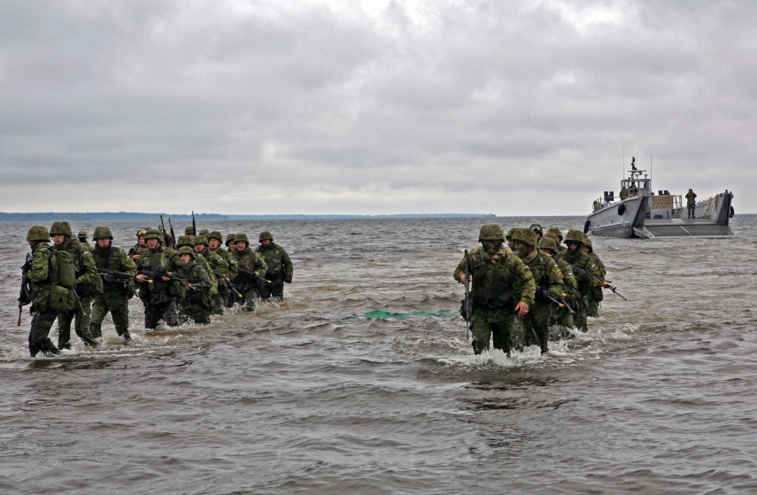 Estonian soldiers during a training exercise. Photo: Creative Commons