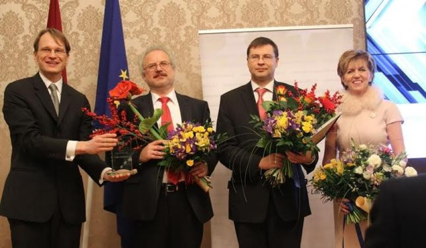 European Person of the Year (Latvia) Valdis Dombrovskis at the 2013 awards (third from left)