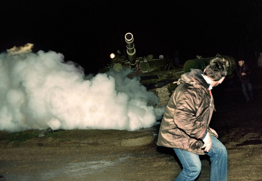 A man faces down a tank in Vilnius during the events of January 1991