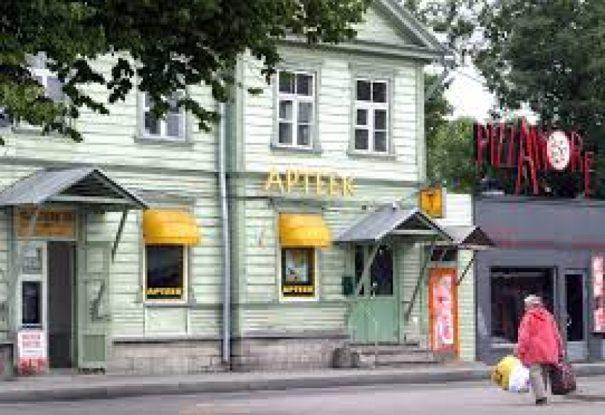A pharmacy in Estonia [Photo: Trek Earth}