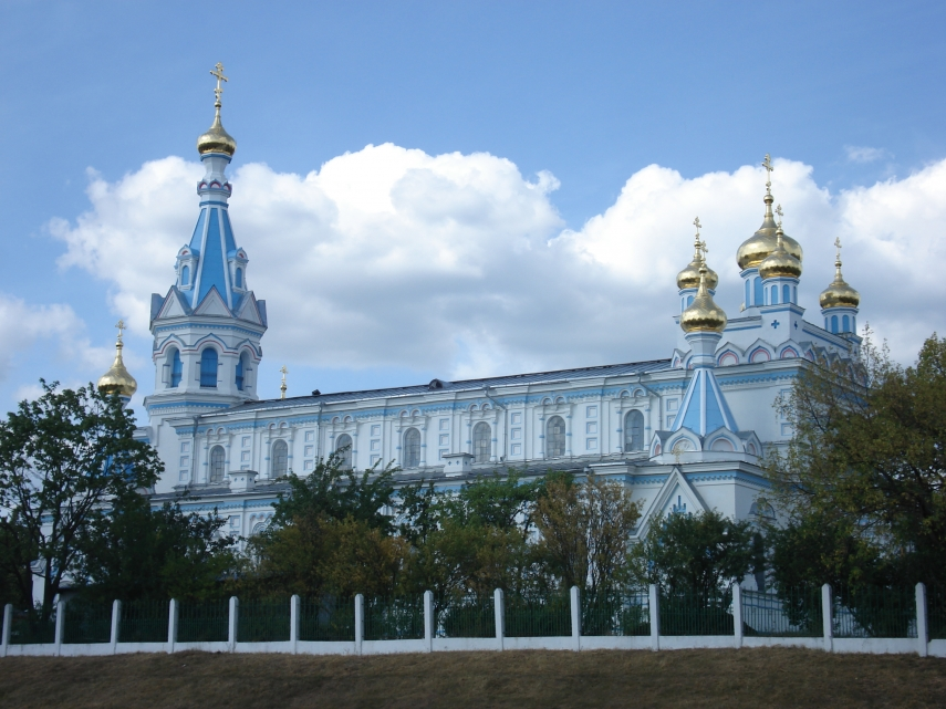 A Russian Orthodox church in Daugavpils, Latgale's largest city, where the majority of the population are Russian-speaking [Image: Creative Commons]