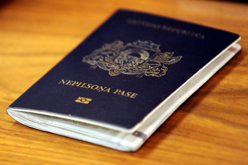 The passport of a non-citizen of Latvia [Image: delfi.lv]