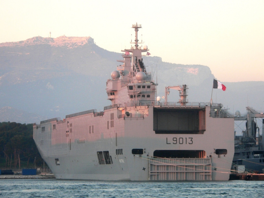 The photo that appeared on the EUObserver website, claimed to be the Juncker warship [Image: David Monniaux]