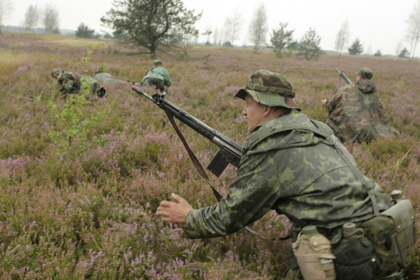Latvian forces on exercises at Adazi base [Image: Creative Commons]
