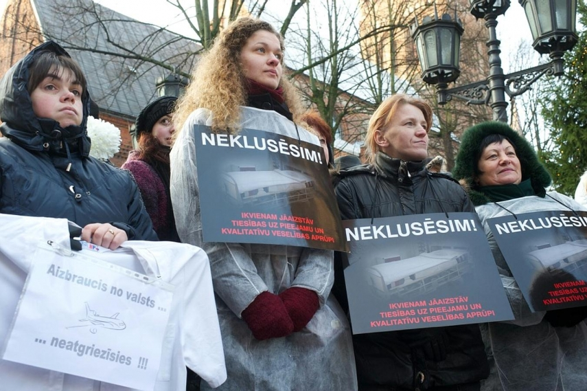 A previous protest by Latvian healthcare workers in 2011 in Riga [Image: cryptome.org]