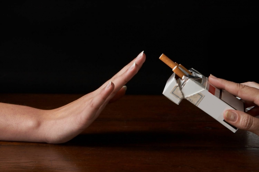 The number of Latvians smoking has fallen since 2013 [Image: nocamels.com]