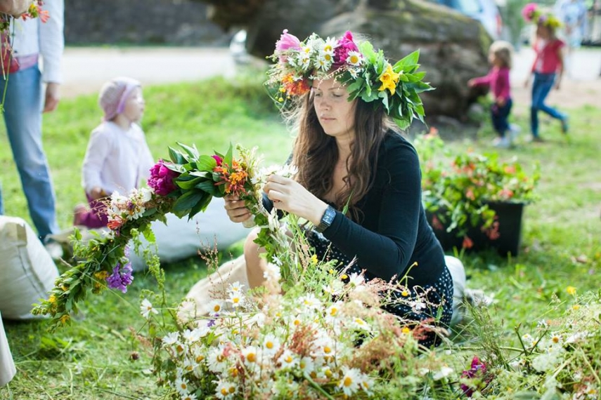 SUMMER LIVING: Flower picking is one of many activities on offer
