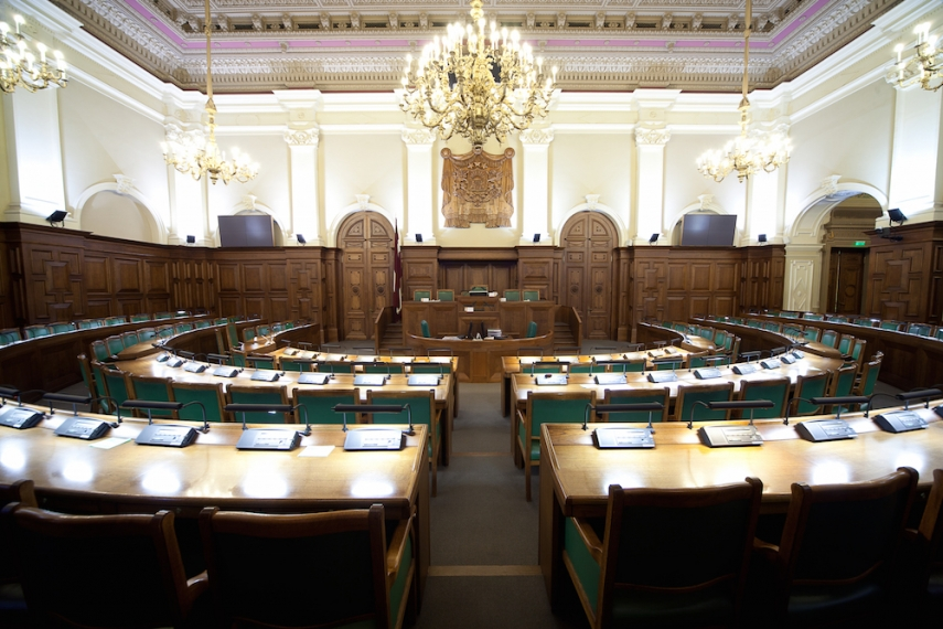 Inside the Latvian Parliament [Image: Wiki Commons]