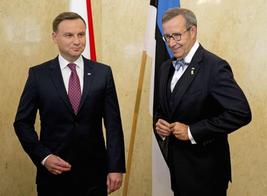 Polish President Andrzej Duda met with Estonian counterpart Tomas Hendrik Ilves in Tallinn [Image: Yahoo UK]