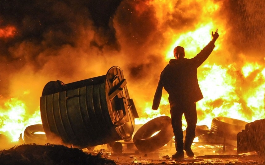 Riots once again broke out in Kiev on September 31 [Image: The Daily Telegraph]