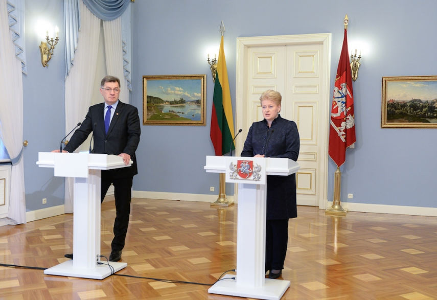 Butkevicius (left) with Grybauskaite (right) [Image: LRP.lt]