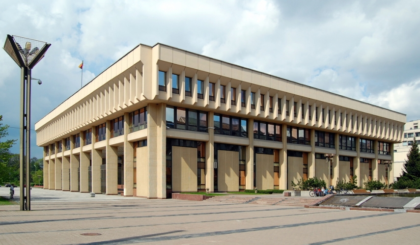 The Lithuanian Parliament [Image: Wiki Commons]