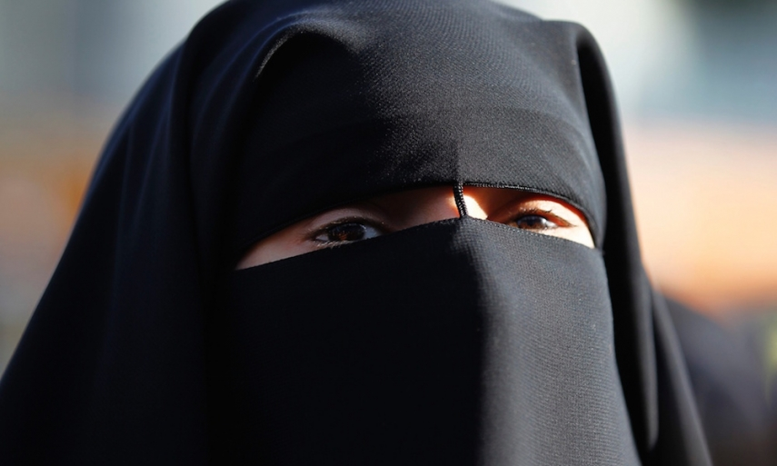 A high proportion of Latvians seek a ban on face-concealing clothing [Image: theguardian.com]