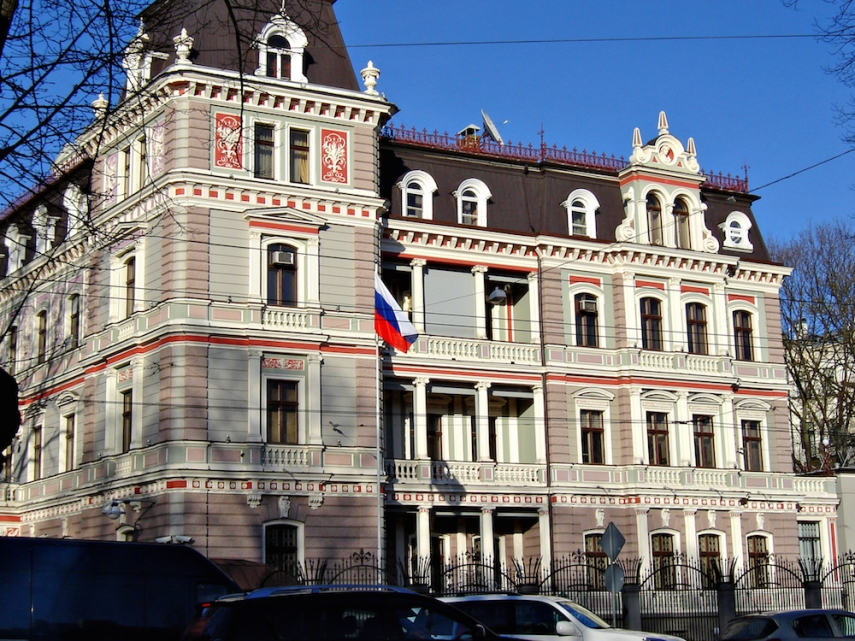 The Russian Embassy in Riga [Image: Wiki Commons]