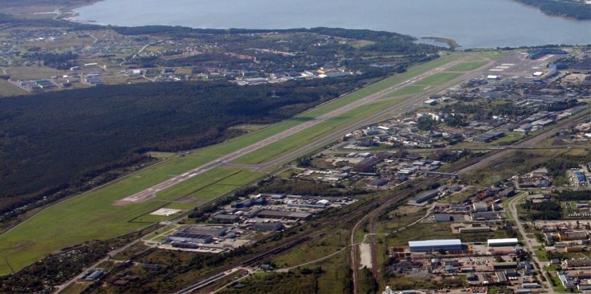 Tallinn Airport as seen from the east [Erlend Bjortvedt]