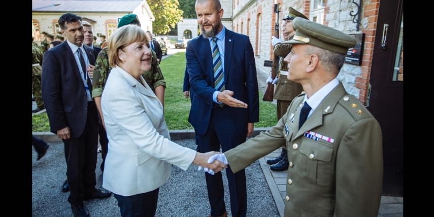 Angela Merkel visits the CCD COE [Siim Teder, Estonian Defence Forces]