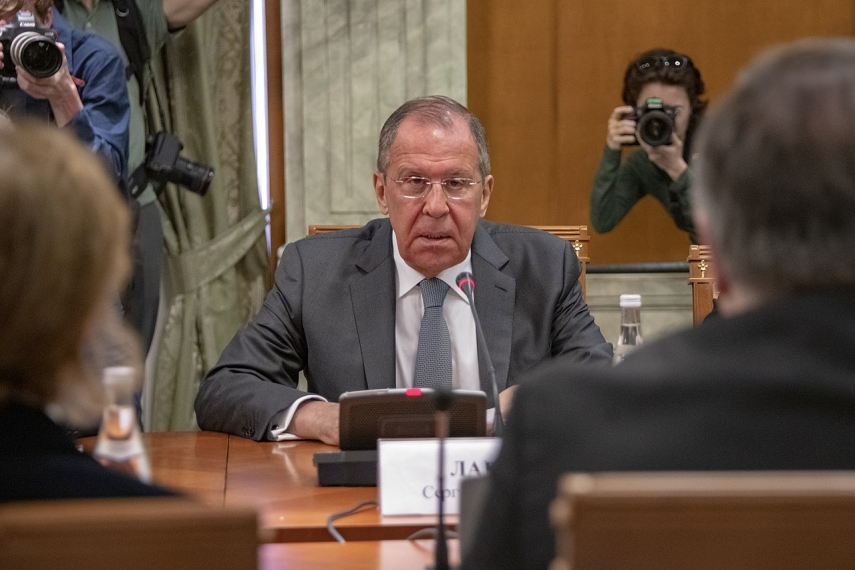Lavrov urges EU to get Kyiv to implement Minsk Agreements