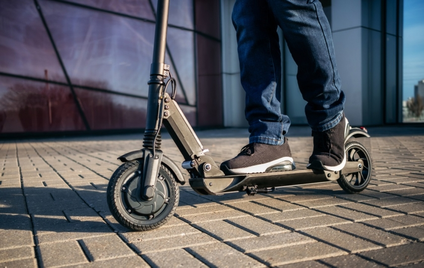 CSDD promises to introduce new regulations for electric scooters next year