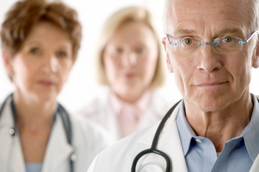 31% of medics working in Latvia last year were over the age of 60