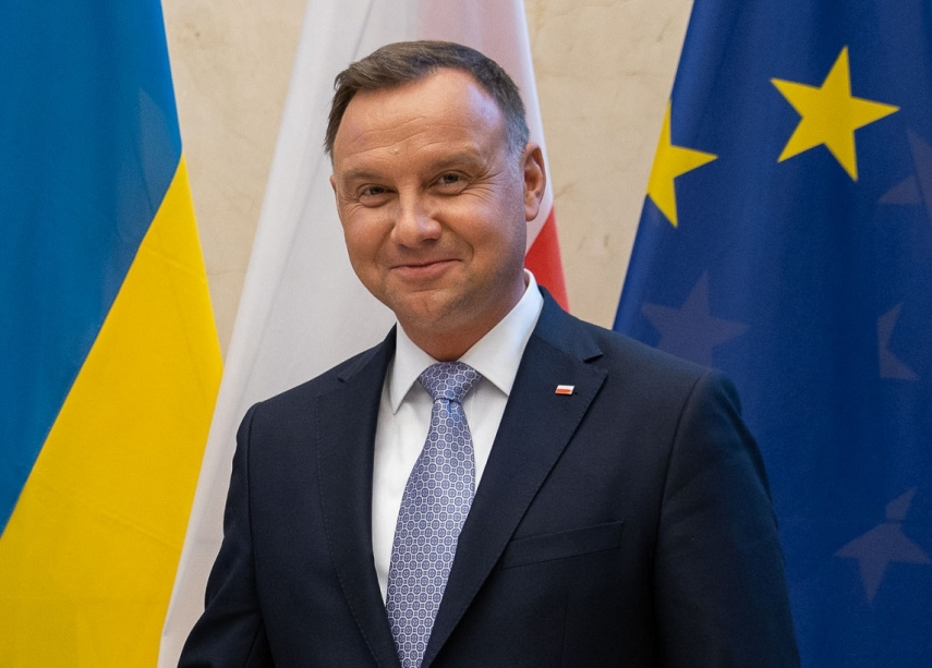 Polish president objects to reshaping of postwar borders in Europe