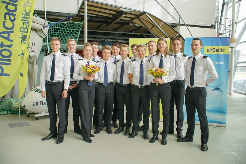 airBaltic Pilot Academy's fifth group of students begin studies