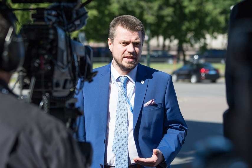 Estonian formin calls on Turkey to end unilateral military action in northeastern Syria