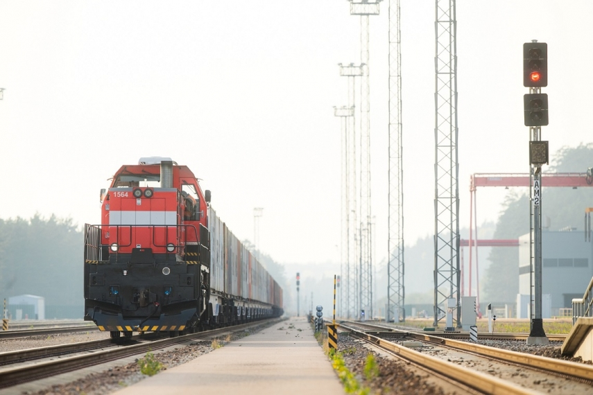 Operail will construct the first LNG freight locomotive in the Baltics