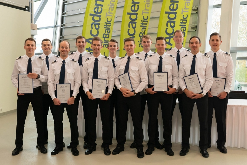 First 12 students graduate airBaltic Pilot Academy