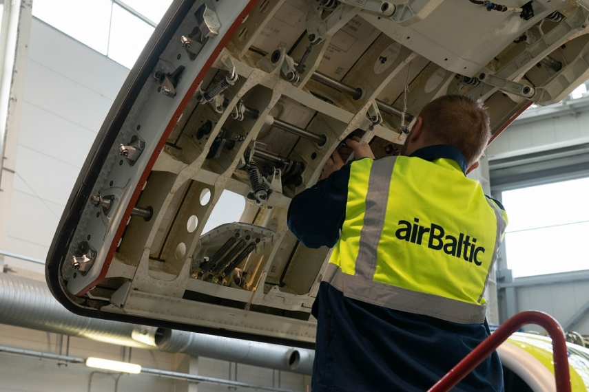 airBaltic Performs World's first Airbus A220-300 C check