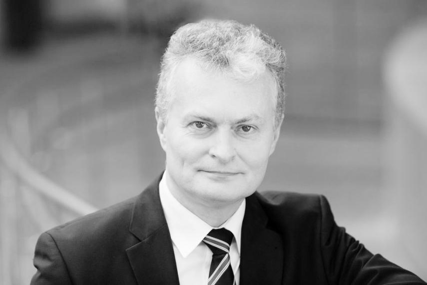 Lithuania's Nauseda criticizes Macron's NATO