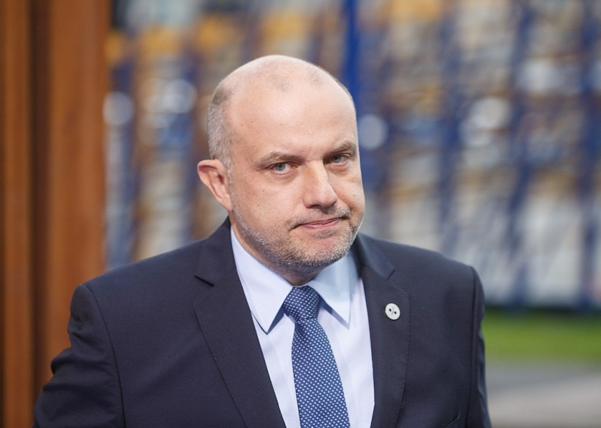 Estonian defmin: What Russians want to have, we cannot give them