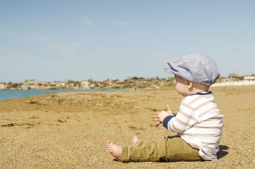 Holidays with a child: items to take with