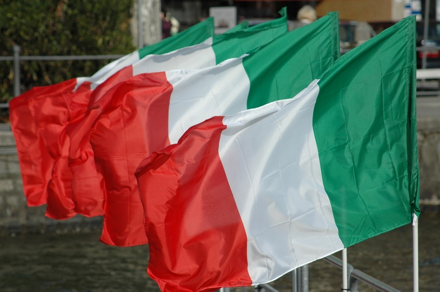 Buildings in Vilnius to be illuminated in colors of Italian national flag on Tuesday night