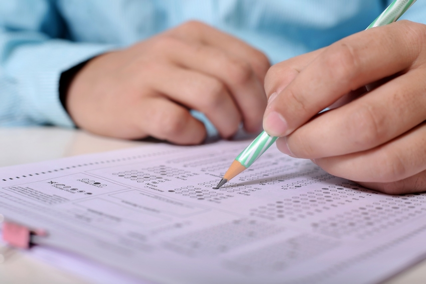 Estonia's Ministry of Education not in a hurry canceling school exams