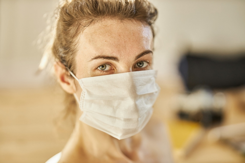 Minister: facemasks to become mandatory again in Lithuania if coronavirus cases spike