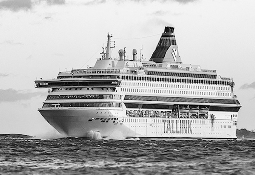 Estonia: Tallink suspends operation of Helsinki-Riga route until end of October