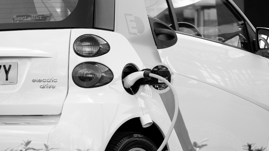 Latvia records fastest rise in electric car sales among EU member states