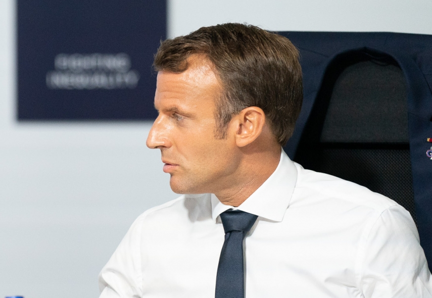 Estonian PM discusses defense cooperation with French president