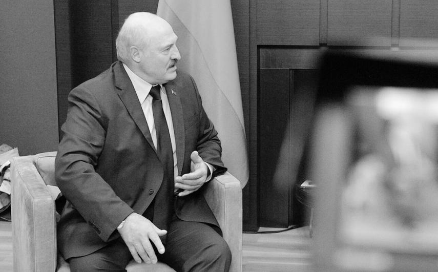 Lukashenko blasts NATO 'rascals', calls on Lithuanians to depose politicians