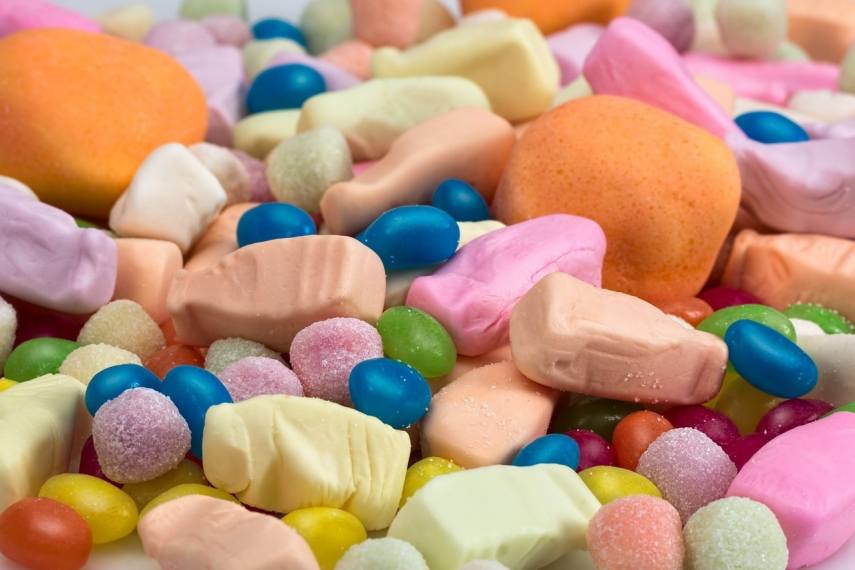 Food authority orders destruction of 500 kilos of Chinese candies