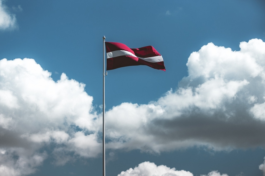 Latvian residents' satisfaction with their lives has remained unchanged in recent years - survey