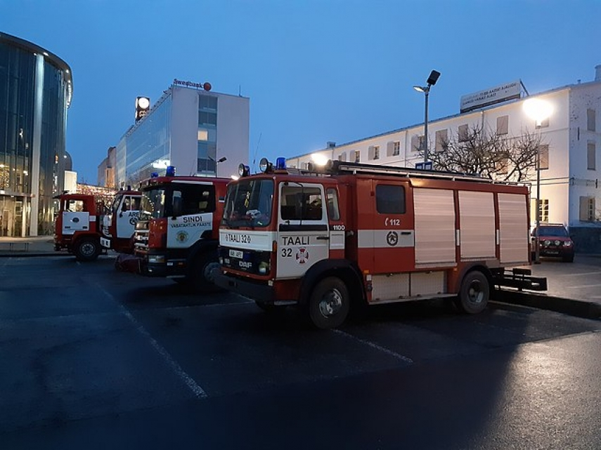 Rescuers tell Estonian PM cuts plan should be dropped