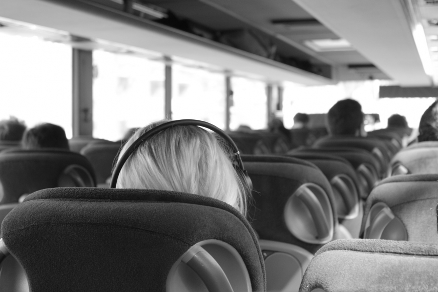 Lithuania scraps COVID pass requirement on intercity transport, relaxes rules for students