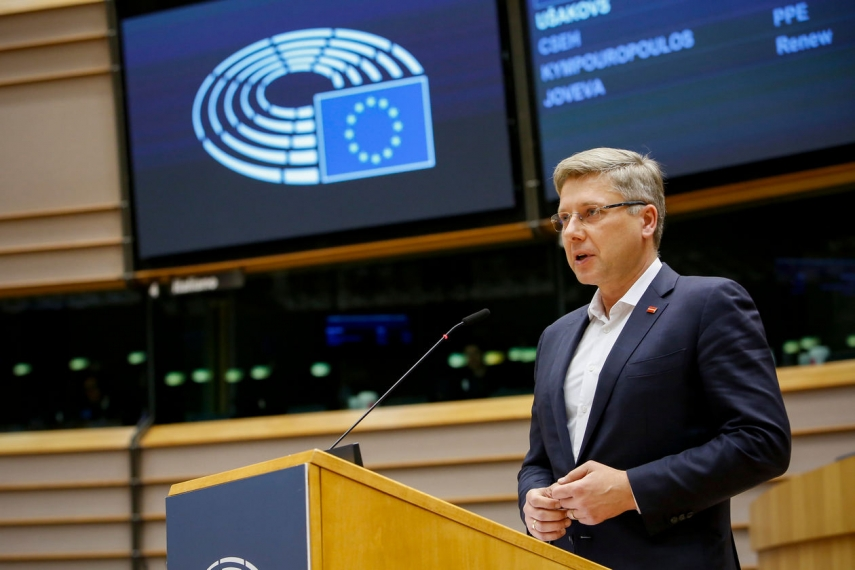"""MEP Nils Usakovs: """"Some people tend to cherry-pick issues to distract attention from much bigger problems"""""""